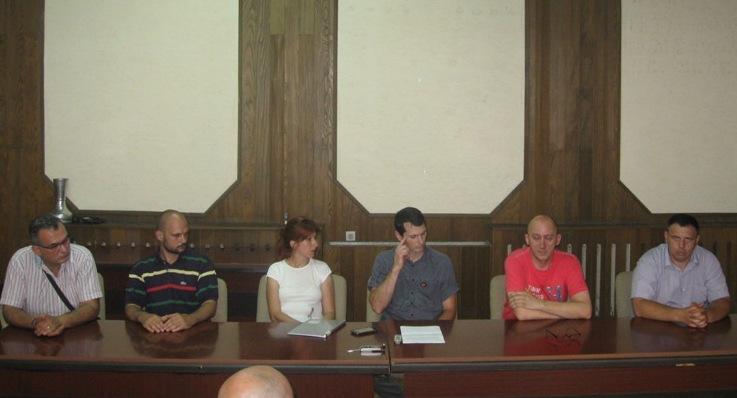 Opozicija udružena u zahtevu za raspisivanje lokalnih izbora (VIDEO)