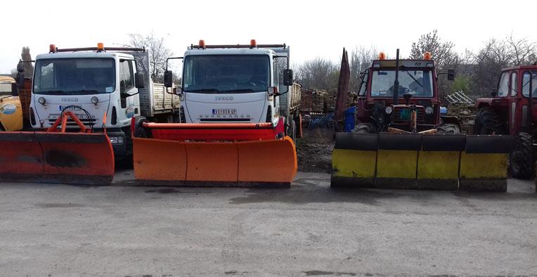 Smotra mehanizacije i novo vozilo na početku rada Zimske službe