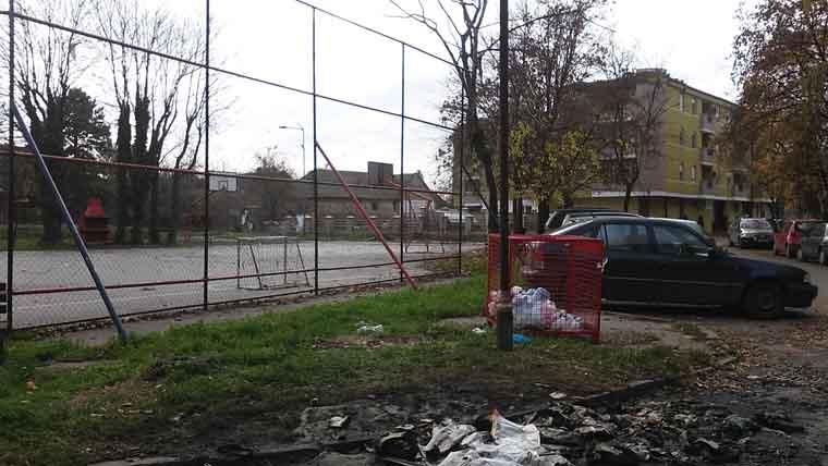Ponovo vandalizam nad javnom imovinom – Ovoga puta na meti novi kontejneri