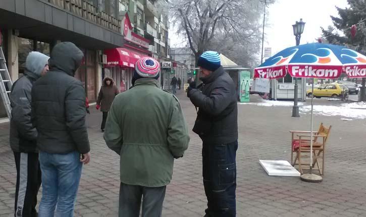 Drugi dan štrajka glađu pred Opštinom – Iz Sindikata podrška i apel