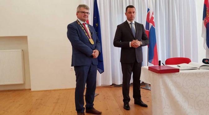 """Predstavnici opštine i KPD """"Karpati"""" posetili Slovačku"""
