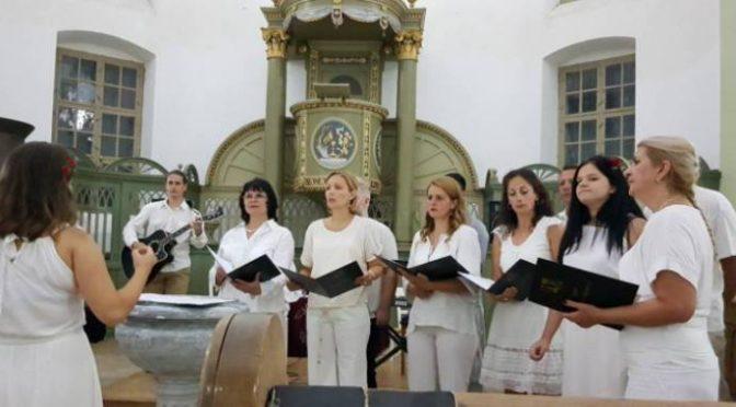 Održan humanitarni koncert Hora – Sredstva za obnovu Reformatorske crkve