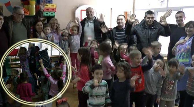 """Pokloni za vrtić """"Poletarac"""" od Saveta Prve MZ"""
