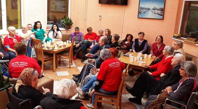 Članice Aktiva žena Prve MZ posetile korisnike Gerontološkog centra