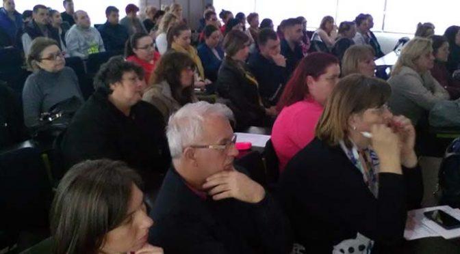 Medicinski radnici Vrbasa na seminaru o bezbednijem prevozu dece u saobraćaju