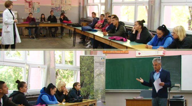 """Predavanje o upravljanju otpadom u SSŠ """"4. juli"""" – Saradnja sa JKP """"Komunalac"""""""