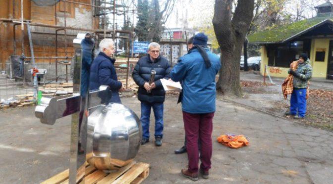 Postavljen novi krst na Evangeličkoj crkvi u Vrbasu