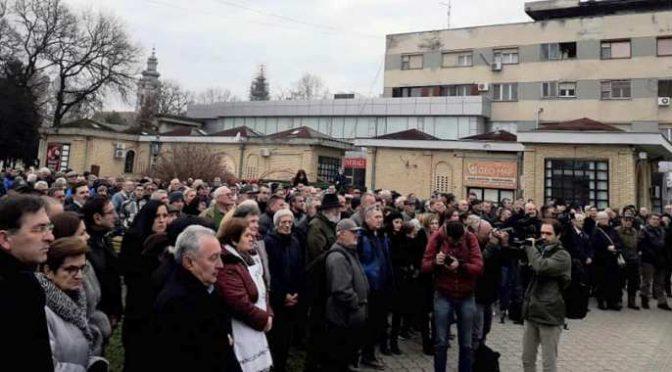 U Vrbasu ispred Hrama Vaznesenja Hristovog otkriven spomenik Srpskim guslama