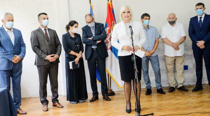 Potpisani ugovori o energetskoj sanaciji obrazovnih ustanova u Vrbasu
