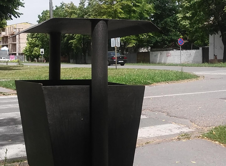 U širem centru Vrbasa postavljene nove i remontovane kante za otpatke